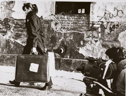 Eszter Balint on the set of Stranger Than Paradise (1985)